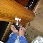床柱の真ん中より穿孔発泡処理